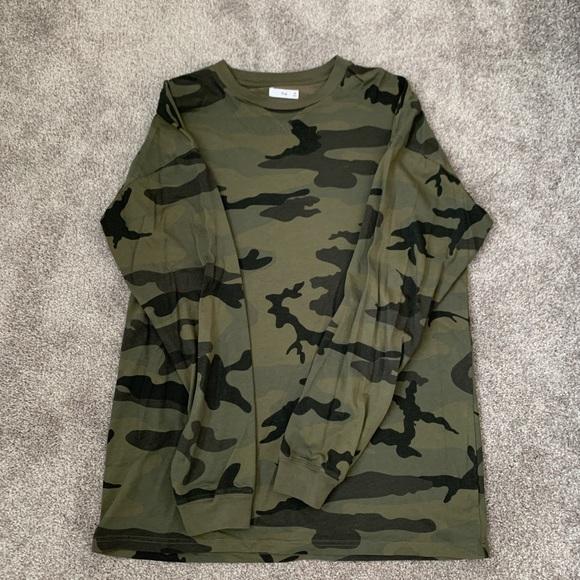 Tna long sleeve camo shirt